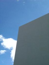新店舗と青空10828.jpg