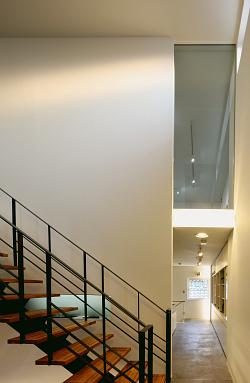 2階階段.jpg