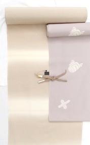 ベージュ横縞小紋反(羽織).JPG
