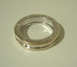 ブルガリ指輪(300×300).JPG