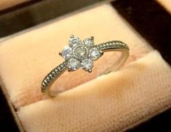 花型指輪.JPGのサムネール画像