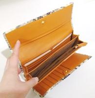 パイソン財布.JPG