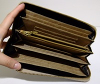 パイソン財布中.JPG