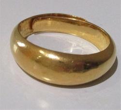純金 指輪1 500px.jpg