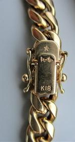 K18ブレスレット刻印 400px.jpg