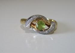 ptグリーン石指輪 500px.jpg