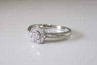 アッシャーダイヤ 指輪 サイド500px.jpg