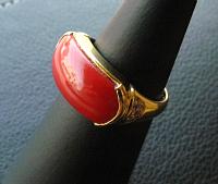 血赤サンゴ指輪横から.jpg